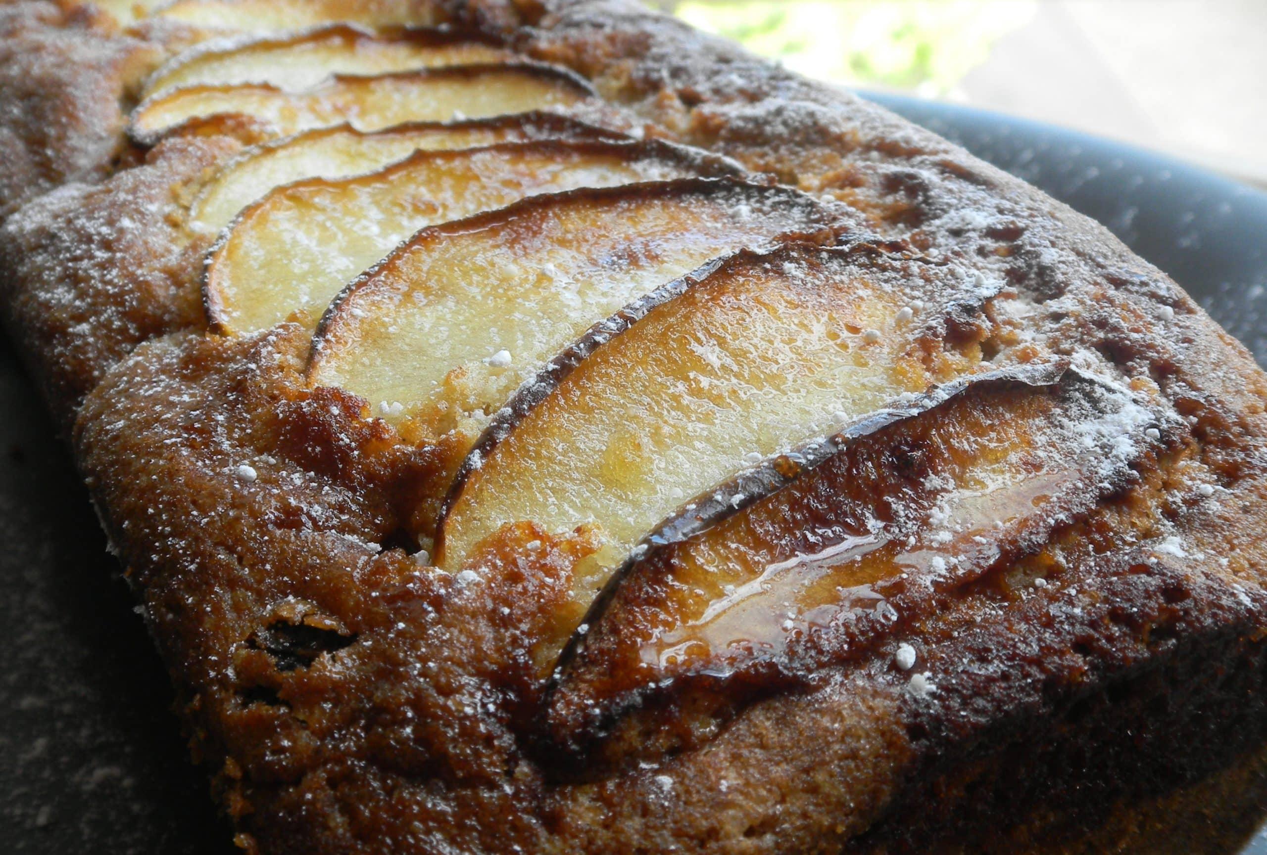 Sultana sponge cake