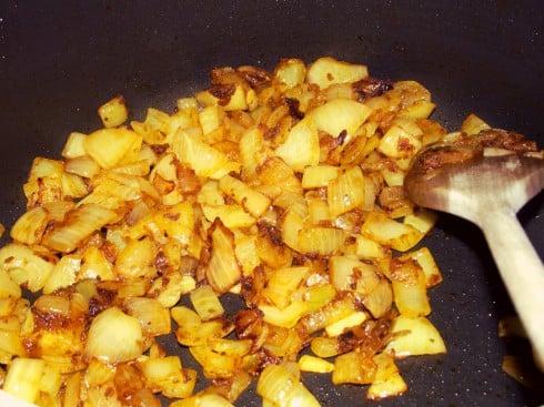 Saag balti onions