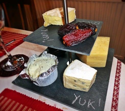 Cheese slate board
