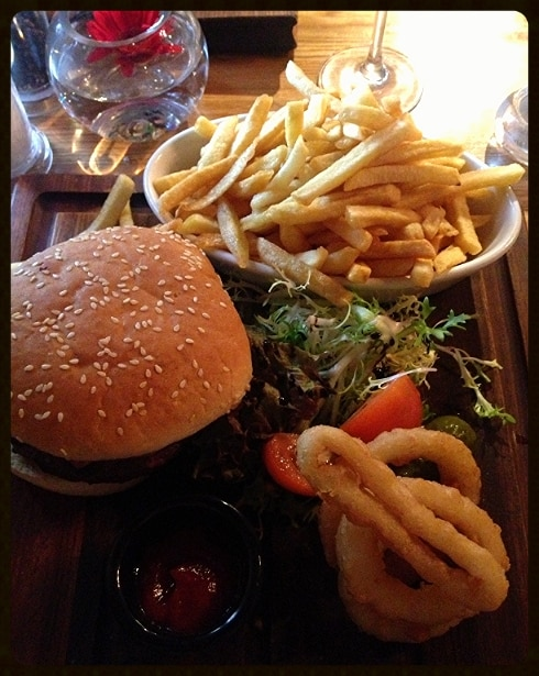 Burger greedy goose moreton in marsh