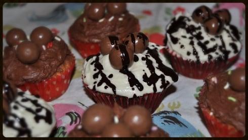 Easter cakes chocolate vanilla