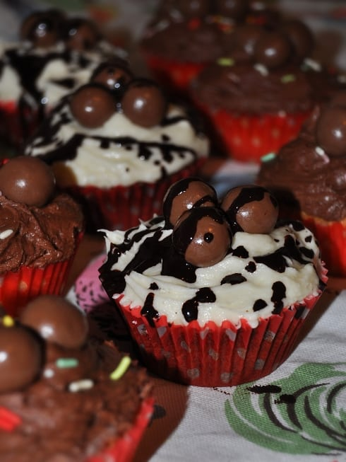 Malteaser hummingbird bakery vanilla cupcakes