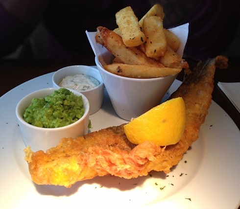 Fish & chips The George pub Spaldwick