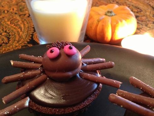Chocolate coffee Halloween spider cupcake