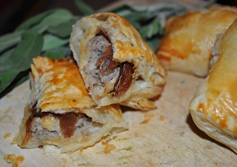 Sausage roll recipe with red onion apple sausage meat