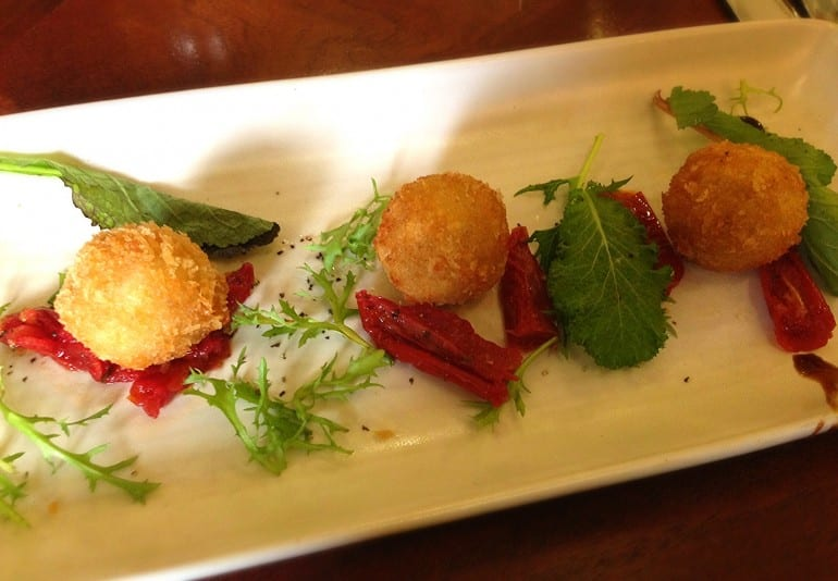 Castle Inn Wigmore restaurant review menu goats cheese starter
