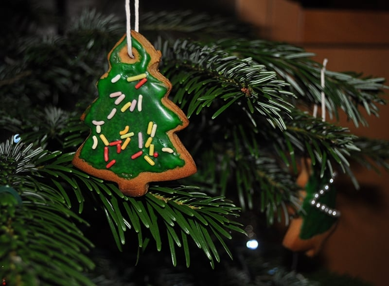 Christmas tree biscuits gingerbread decoration hung sprinkles