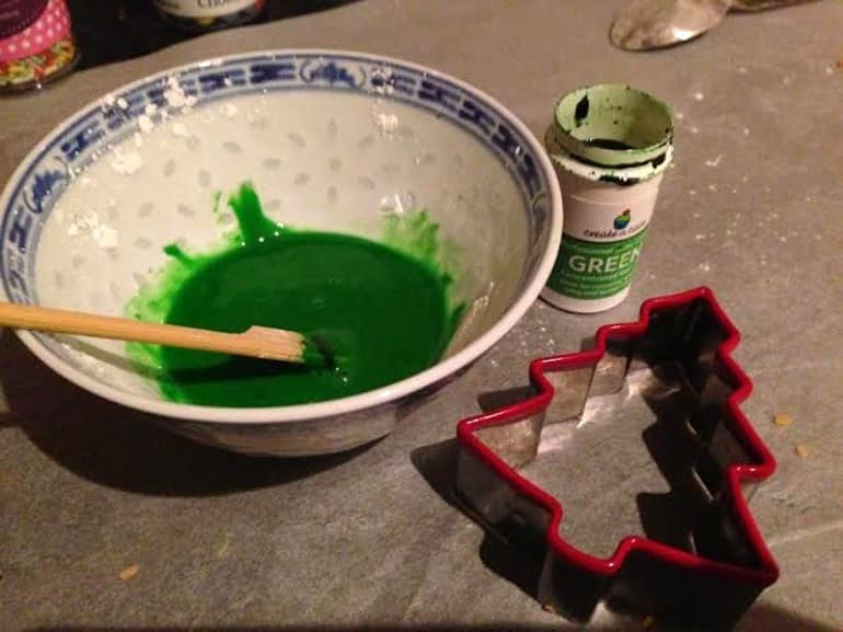 Christmas tree biscuits gingerbread recipe green icing