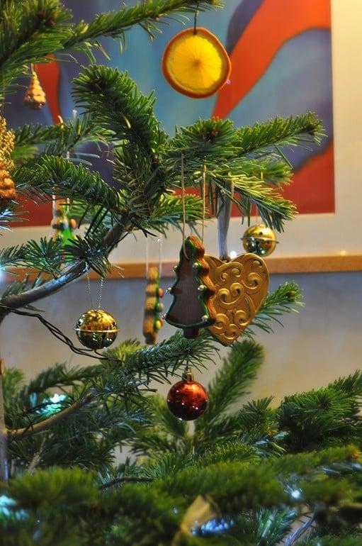 Christmas tree recipe ginger bread decoration