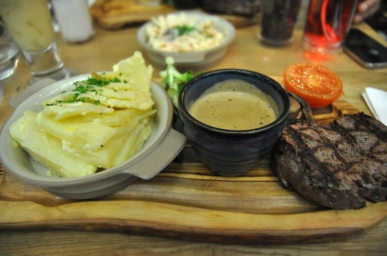 Middletons Steakhouse Milton Keynes steak pepper sauce potato