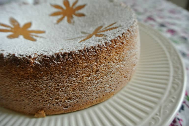 Tarat De Santiago cake recipe almond based