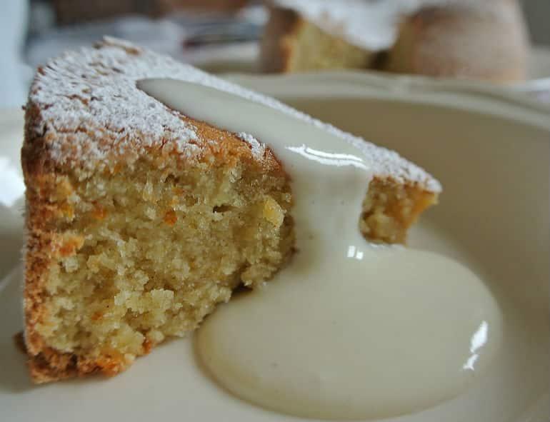 Tarat De Santiago cake recipe with vanilla natural yoghurt dessert