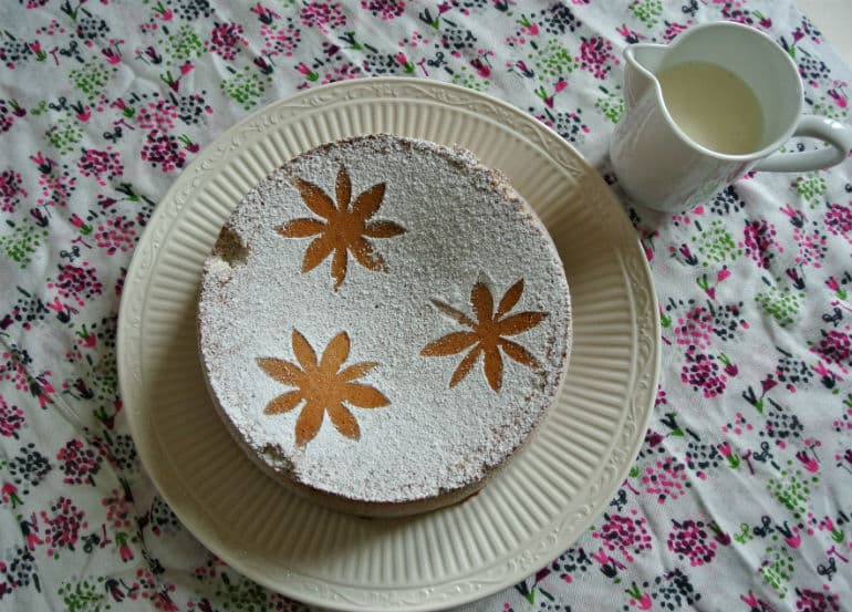 Tarat De Santiago cake recipe with vanilla natural yoghurt