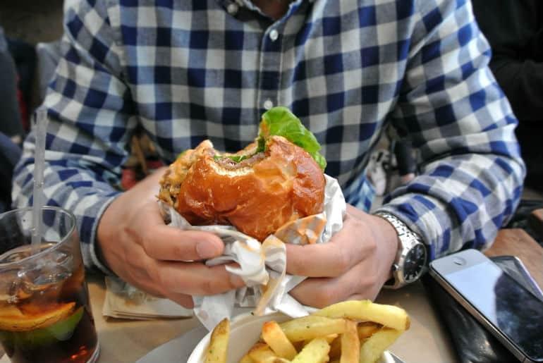 Patty & Bun burger review London St James Smoky Robinson burger