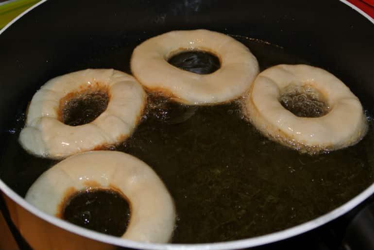 Ring doughnut recipe frying