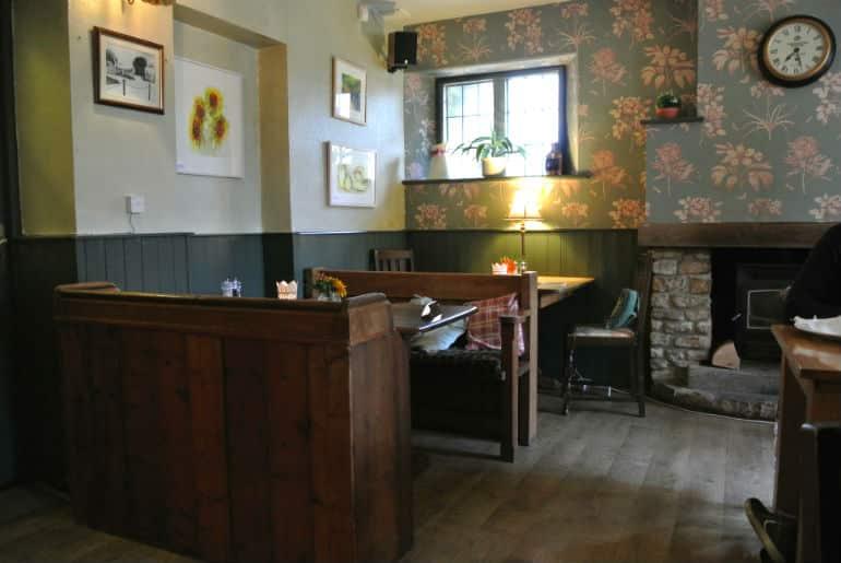 Tollgate Inn Holt review decor