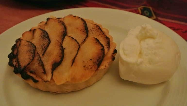 Yak Yeti Yak Bath Nepalese restaurant review apple tart