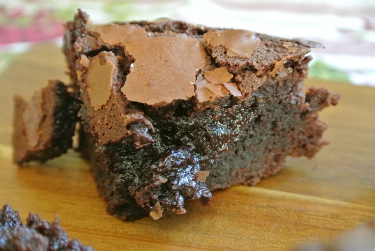 Gooey brownie recipe crunchy top