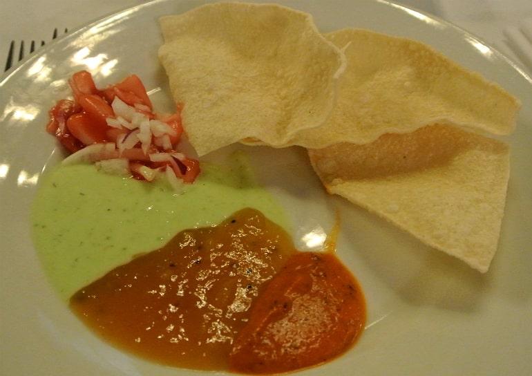 Calcutta Brasserie Stony Stratford Milton Keynes restaurant review Sunday buffet starter