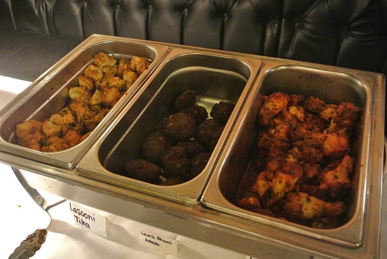 Calcutta Brasserie Stony Stratford Milton Keynes restaurant review Sunday buffet tandoori niblets