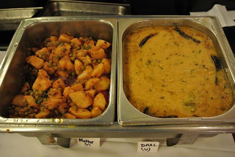 Calcutta Brasserie Stony Stratford Milton Keynes restaurant review Sunday curry mains
