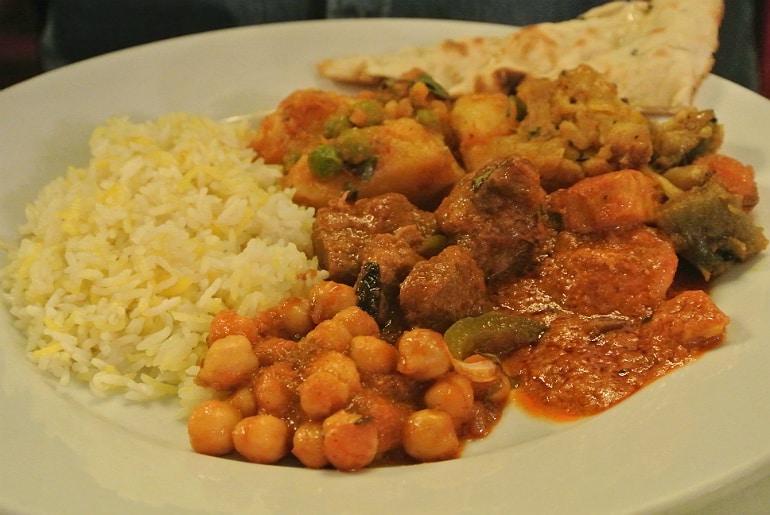 Calcutta Brasserie Stony Stratford Milton Keynes restaurant review Sunday mains