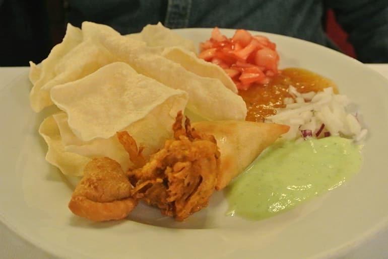 Calcutta Brasserie Stony Stratford Milton Keynes restaurant review buffet starter