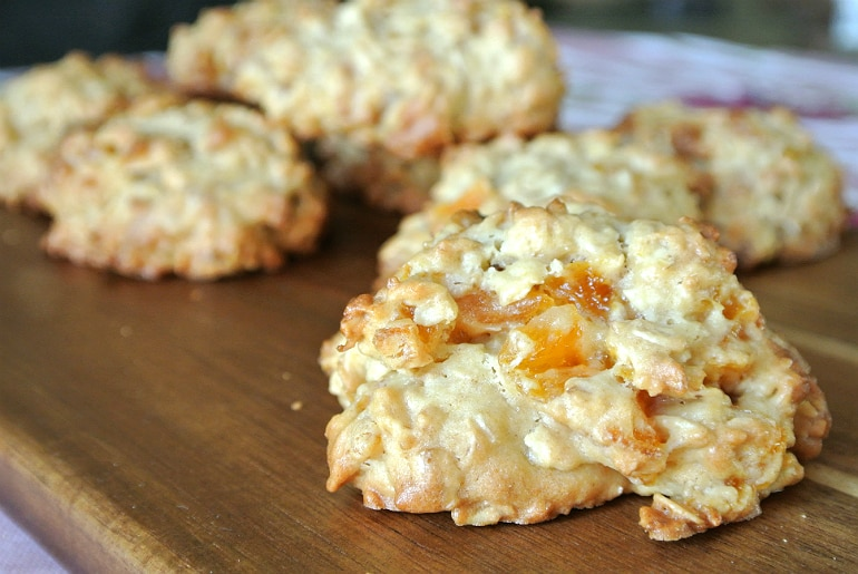 Apricot ginger oatmeal cookies recipe
