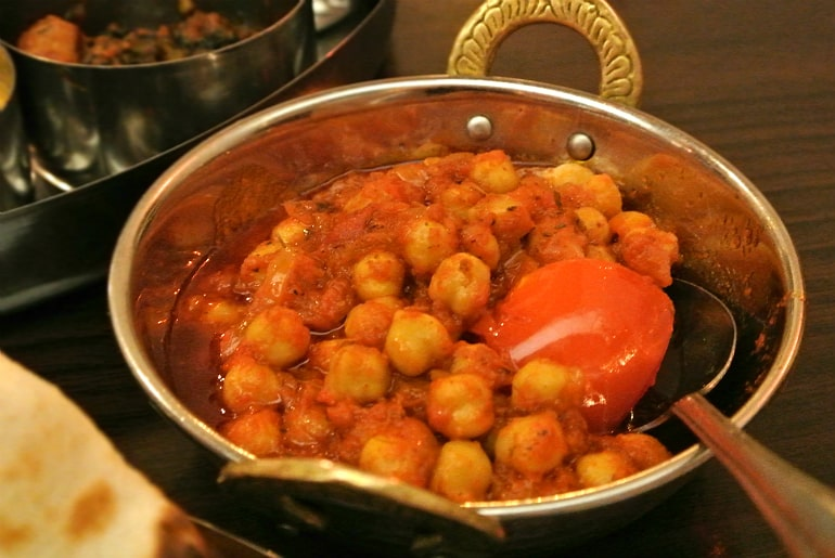 B-Town Milton Keynes Indian street food restaurant review channa masala