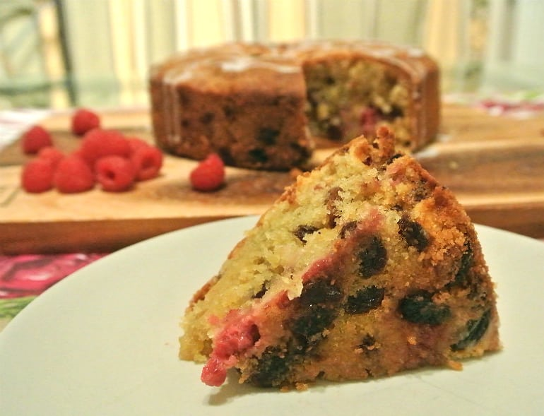 Raspberry rasin almond cake recipe slice