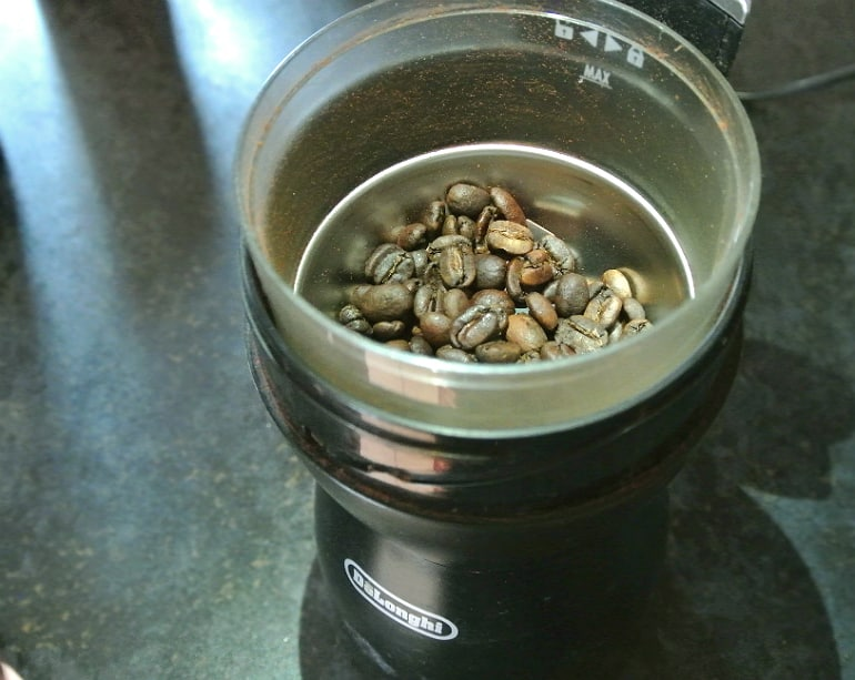 Delongi coffee machine coffee beans