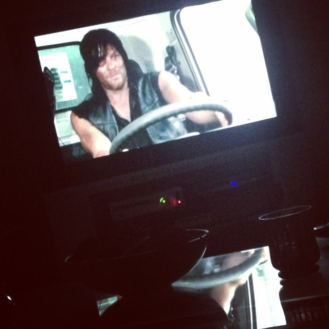Day 68: horizontal with Walking Dead after one looong day! ? #100happydays