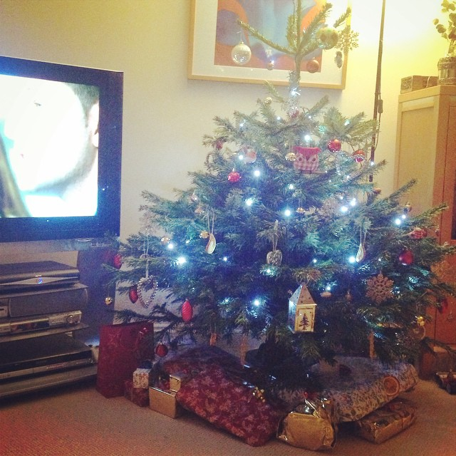 Day 94: presents are wrapped and under the tree! ??? #100happydays #christmas