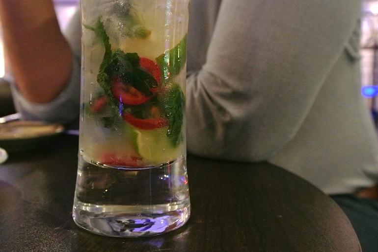 Crib De Rib cocktail bar Kensington London review mojito