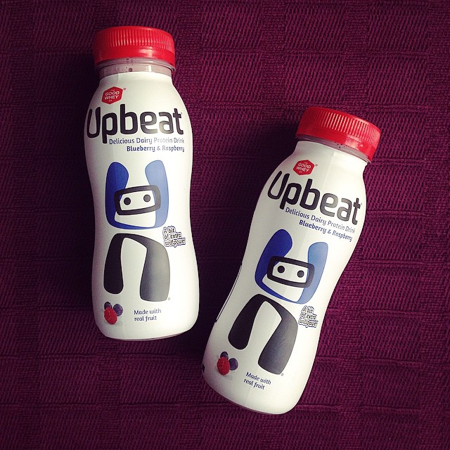First flavour I've tried for the Upbeat challenge is blueberry & raspberry, it's pretty damn tasty! 20g protein & 146 calories, should make a good post workout snack ? #proteinchallenge #feelingupbeat #healthy #blog