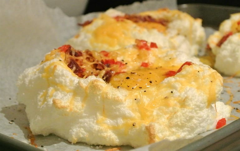 Eggs in clouds recipe bacon keto low carb