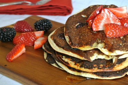 Fruity protein pancakes healthy recipe cover
