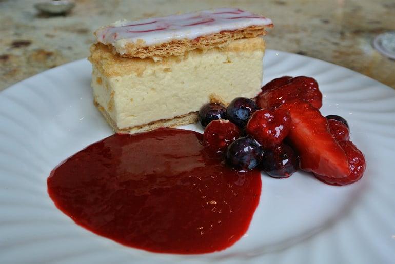 Bettys tearoom york vanilla cake slice