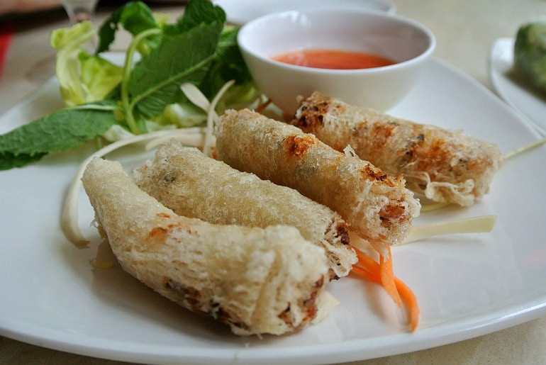 Eat Saigon Northampton review crisp spring rolls