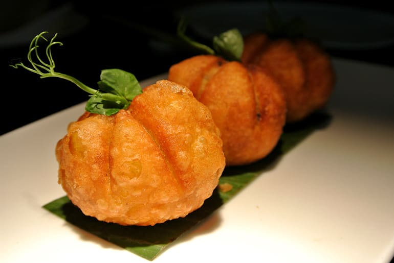 Yauatcha City Broadgate Circle London Review duck puffs