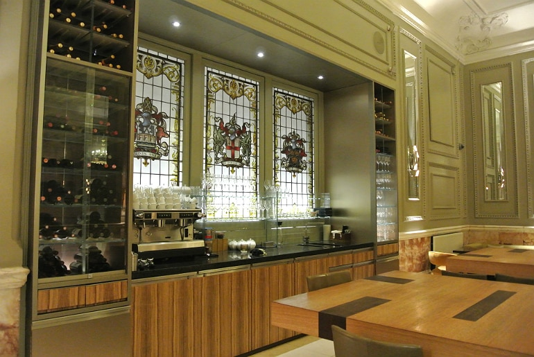 London andaz champagne bar