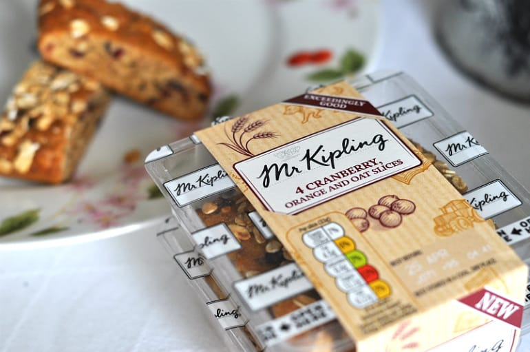 Mr Kipling review cranberry orange oat slices