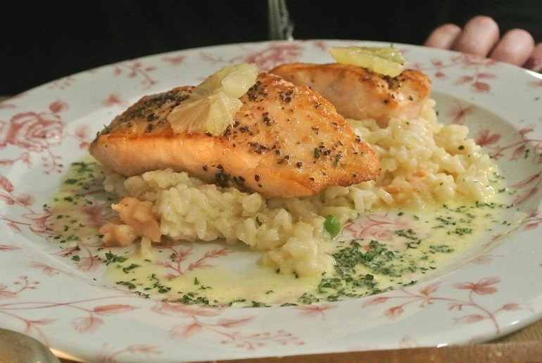 holiday eating tips salmon