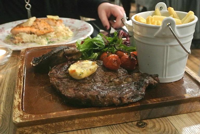 holiday eating tips steak