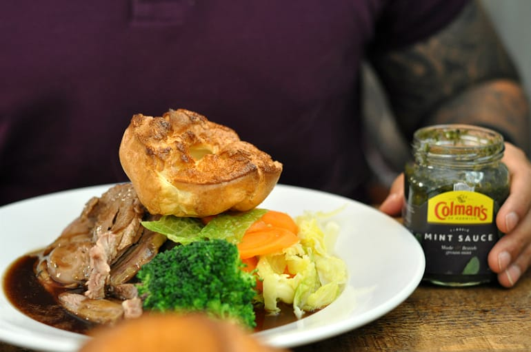 cross keys milton keynes roast dinner lamb