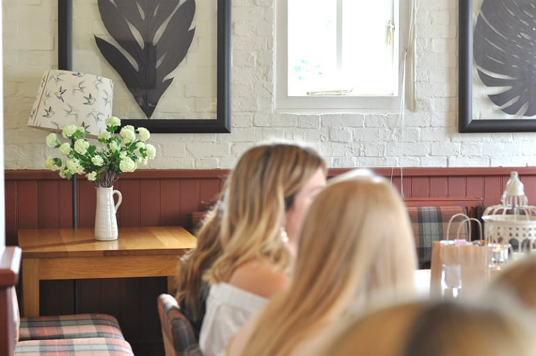 blogger brunch milton keynes swan salford flowers