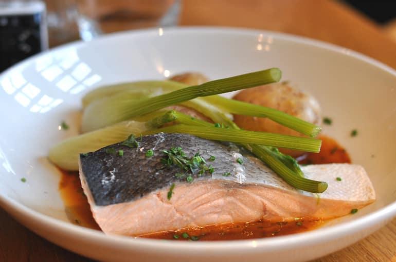 swan salford pub review salmon