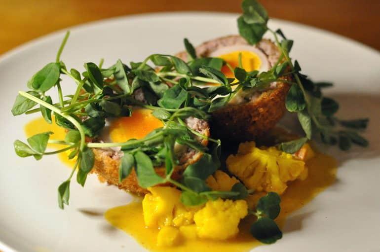 crown-granborough-review-scotch-egg