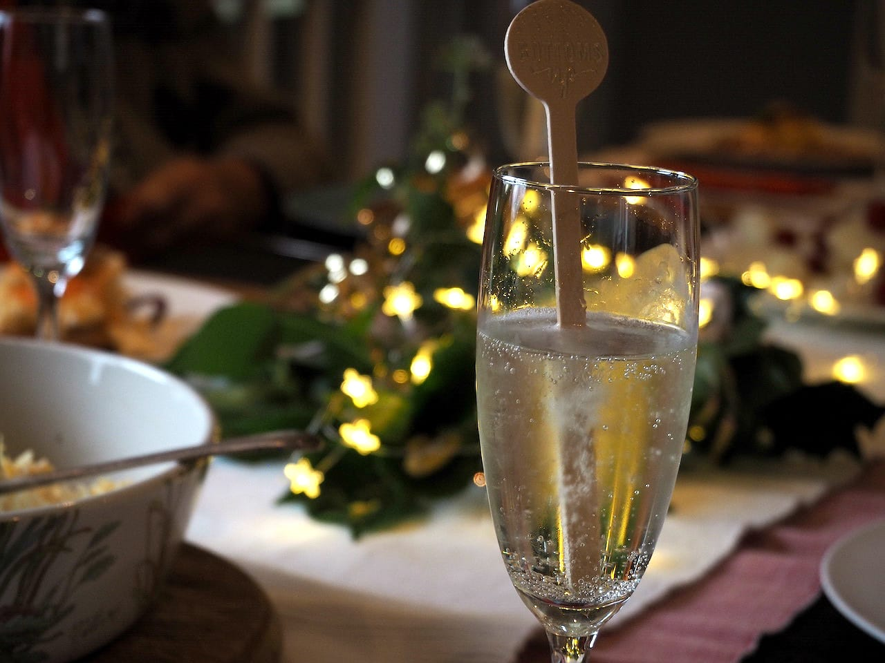 christmas-in-scotland-champagne