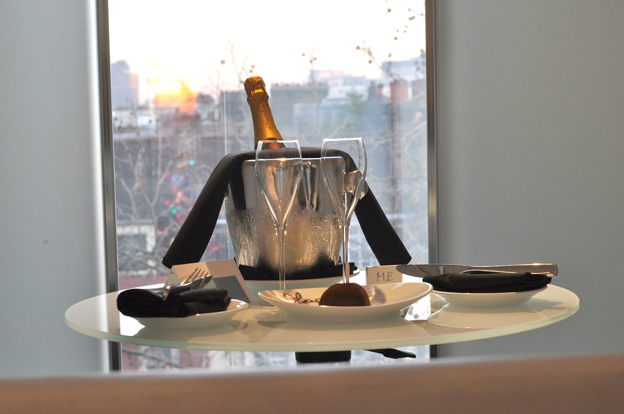 hotel-me-london-champagne